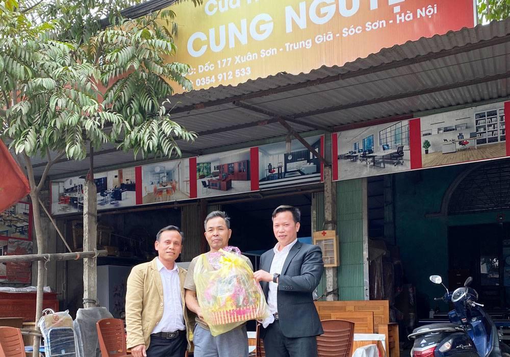 NPP Đông Á - Dongahome.com chúc tết đại lý Cung Nguyệt