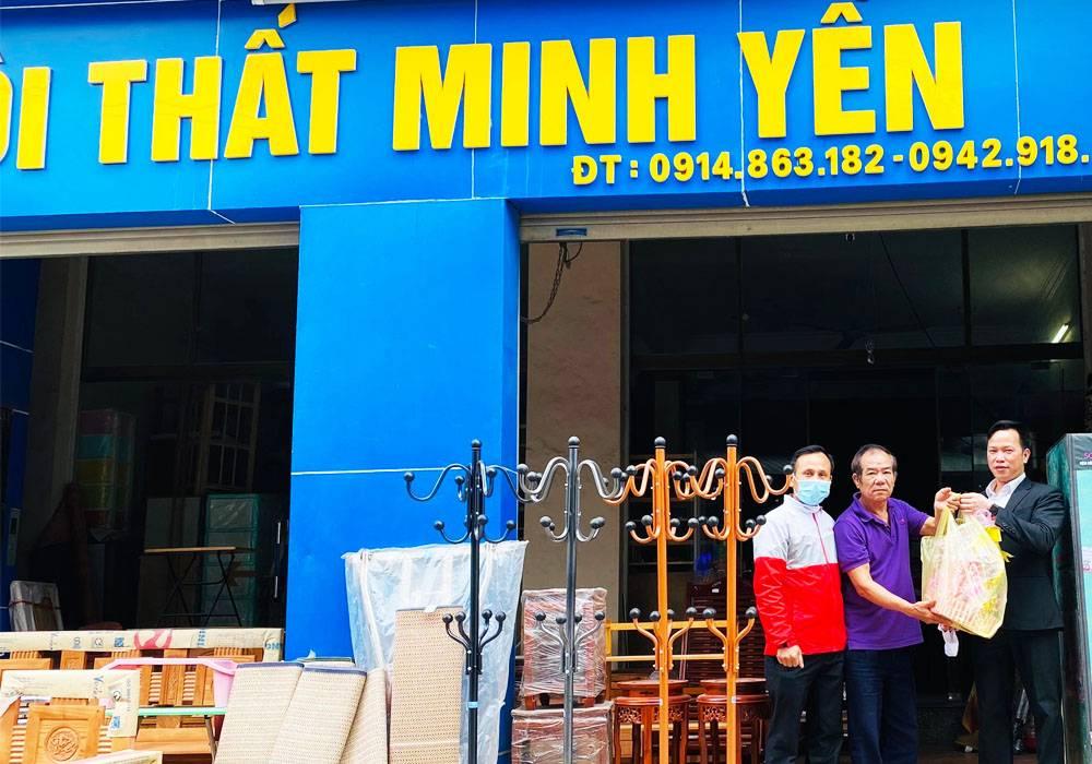 NPP Đông Á - Dongahome.com chúc tết đại lý Minh Yến
