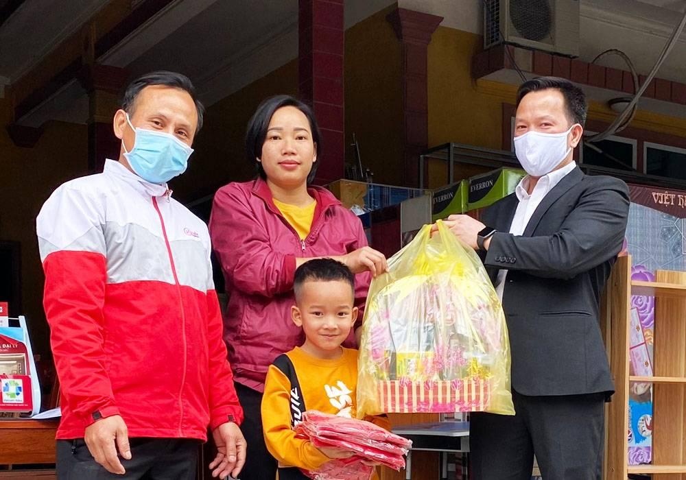 NPP Đông Á - Dongahome.com chúc tết đại lý Chúc Lụa